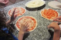 Preparazione della pizza